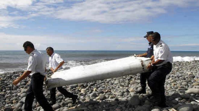 Plantean suspender la búsqueda de los restos del Boeing 777 de Malaysia Airlines
