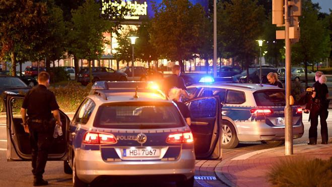Detenido un joven argelino tras provocar la evacuación de un centro comercial en Bremen