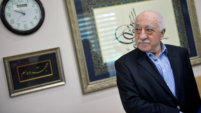 Detenidos seis periodistas del diario 'Zaman' por su vinculación con el Movimiento de Gülen