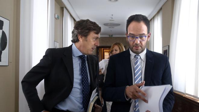 El PP sufre su primera derrota de la legislatura
