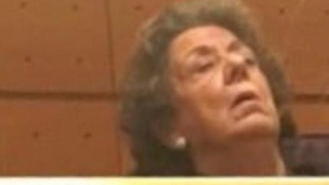 La siesta de Rita Barberá en el Senado