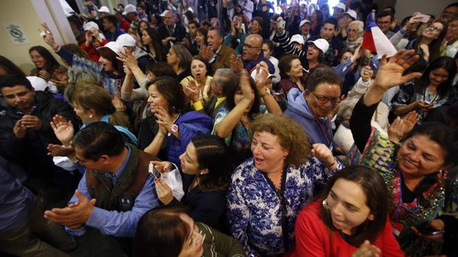 La oposición asesta un duro golpe a Bachelet en las municipales chilenas