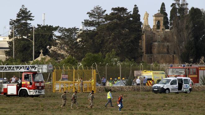 Al menos cinco muertos tras estrellarse una avioneta en el Aeropuerto Internacional de Malta