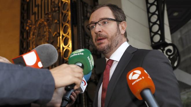 El PP tacha a Iglesias de mal perdedor y avisa: «No lidera la oposición quien más grita»