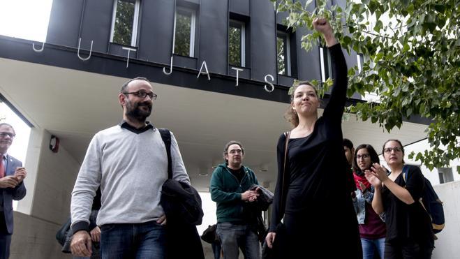 Los Mossos detienen a la alcaldesa de la CUP de Berga por desobedecer al juez