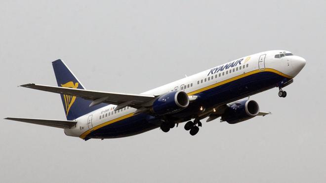 Ryanair se apunta a la 'Cyber Week' y anuncia 250.000 asientos a diez euros