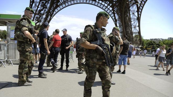 EE UU alerta de posibles atentados en Europa durante la Navidad