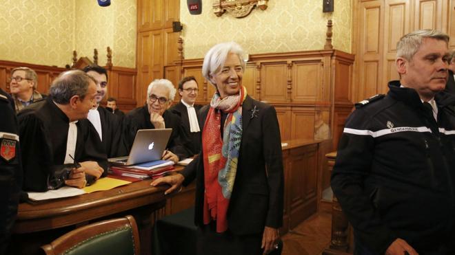 Comienza el juicio a Lagarde por negligencia cuando era ministra