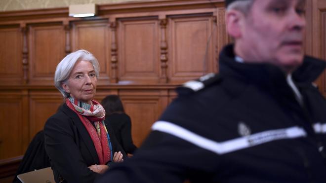 Lagarde, condenada en Francia pero ratificada en el FMI