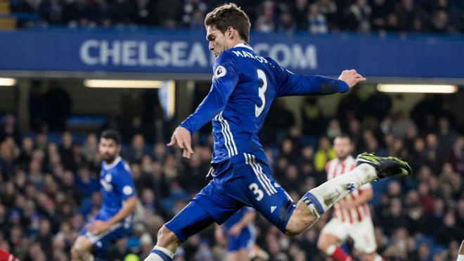 El Chelsea se muestra intratable, el Liverpool sigue su estela