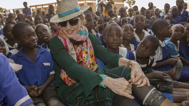 Madonna niega que quiera adoptar dos niños en Malaui