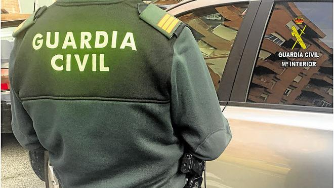 El Gobierno reconoce que 52 guardias civiles se suicidaron en los últimos cinco años
