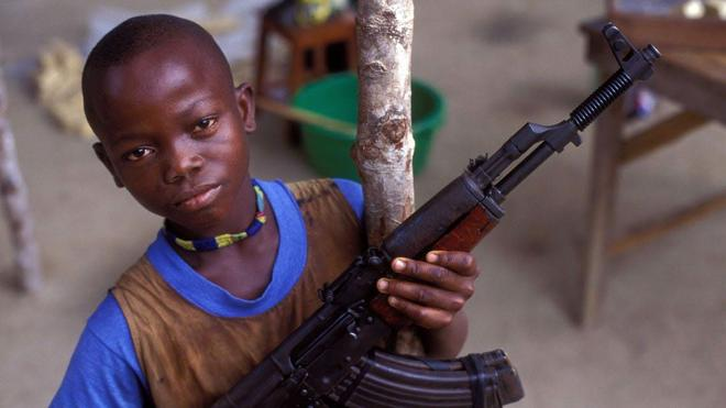 Al menos 65.000 niños han sido liberados de ejércitos y grupos armados en diez años