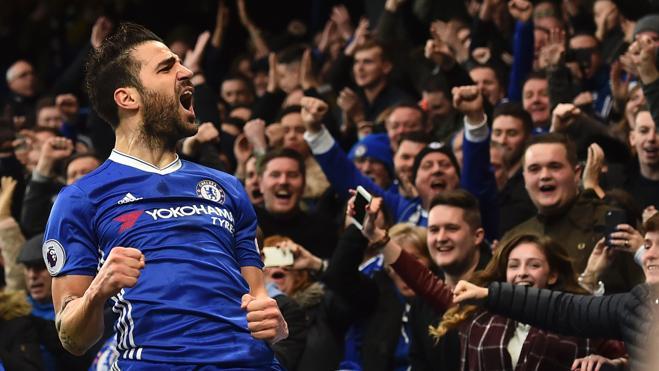 El Chelsea acaricia el título gracias a la sociedad española