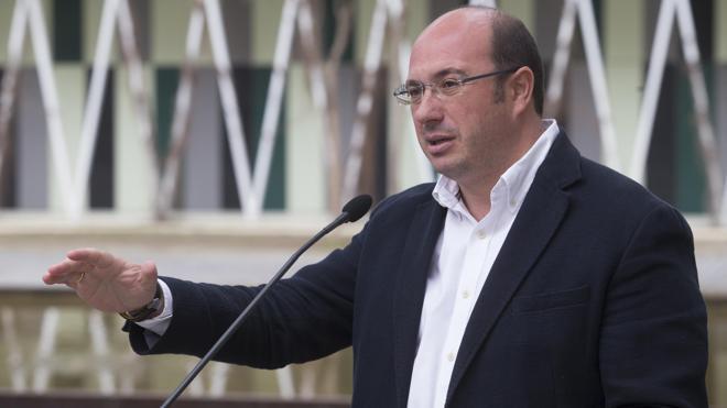 Pedro Antonio Sánchez: «La gente no quiere pactos de perdedores tutifruti»