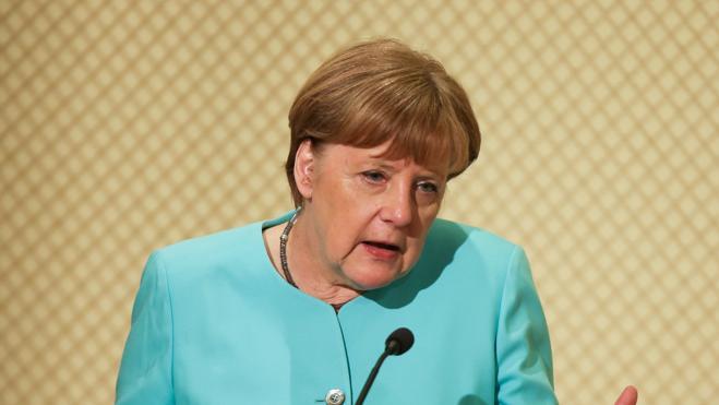 Merkel aventaja ligeramente a Schulz, según las últimas encuestas