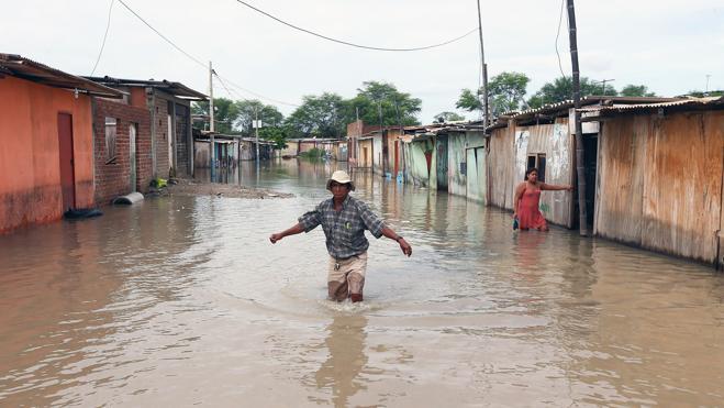 Perú afronta uno de sus mayores desastres naturales de las últimas décadas