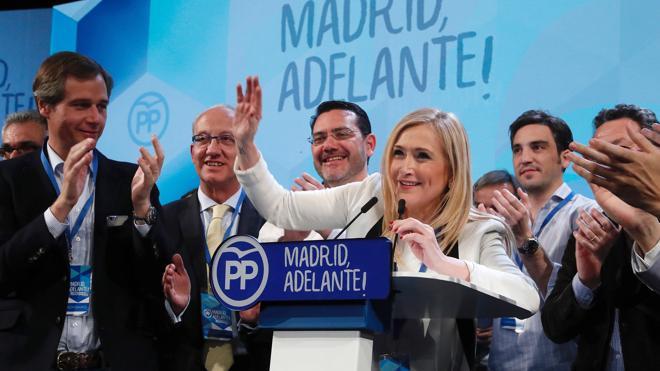 Cifuentes habla de un PP de Madrid «renovado» y reivindica la ética política