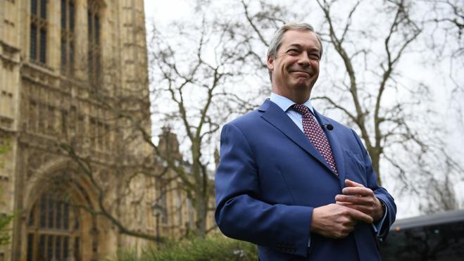 Farage dice que Gibraltar va a romper el acuerdo entre Bruselas y Londres