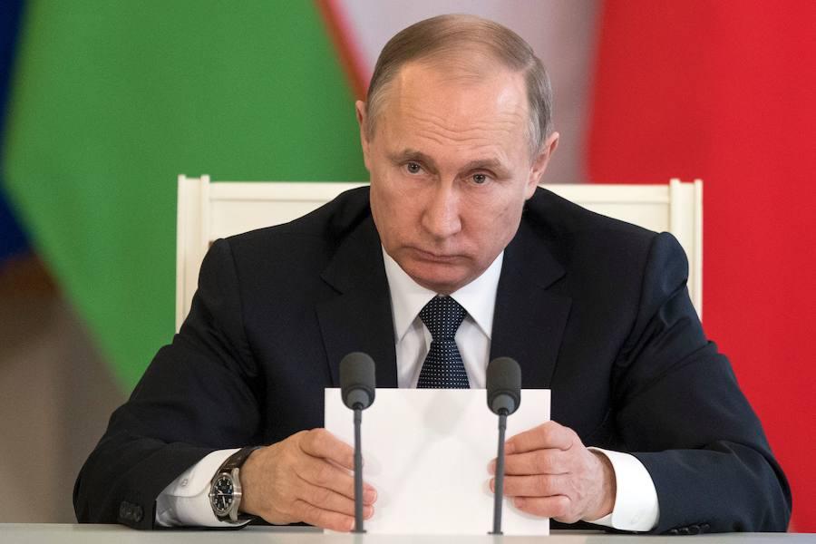 Putin califica de «agresión» el ataque americano a la base aérea de Homs