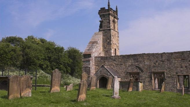 Wharram Percy, la aldea medieval que detenía a los resucitados