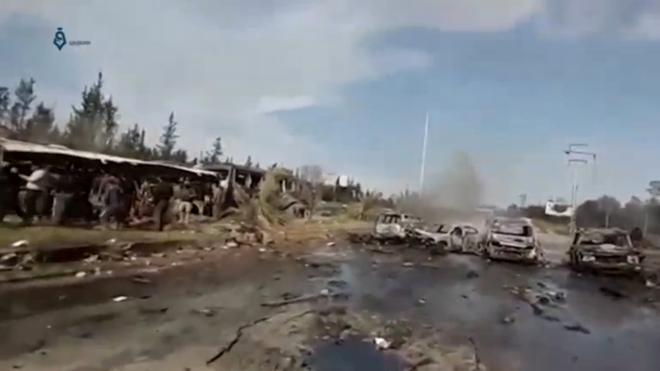 Más de 125 muertos en un atentado contra un convoy de evacuados cerca de Alepo