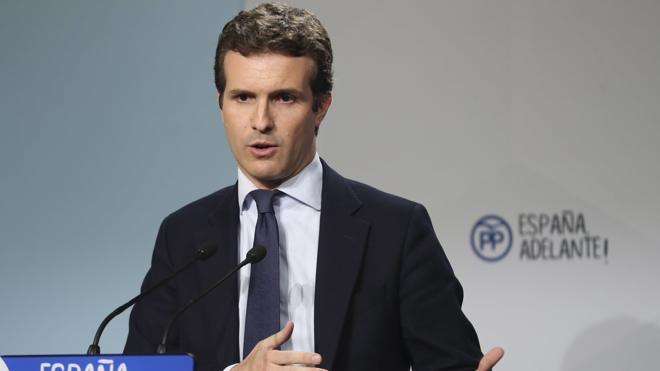 Casado no cree que Rajoy deba irse, como Aguirre, por no vigilar a Bárcenas