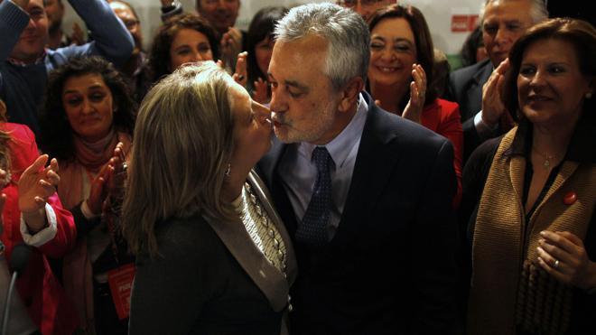 22 altos cargos de la Junta deberán ir a juicio por el 'caso ERE', entre ellos Chaves y Griñán