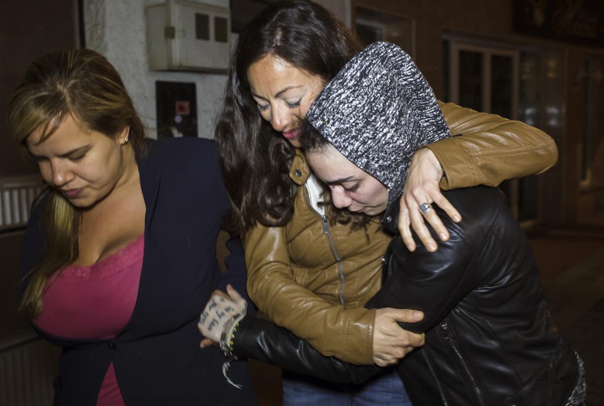 La joven desaparecida en Turquía y su novia llegan a su casa