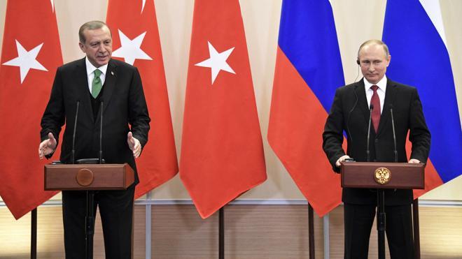 Rusia y Turquía, a favor de zonas de seguridad para «pacificar» Siria
