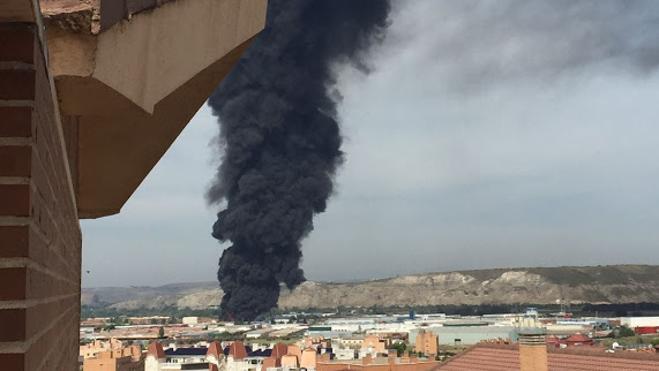 30 heridos tras varias explosiones en una fábrica química de Arganda del Rey