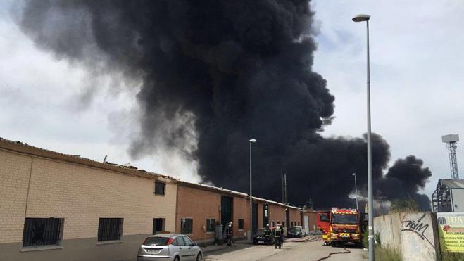 La Comunidad de Madrid defiende los sistemas de control tras el incendio de Arganda