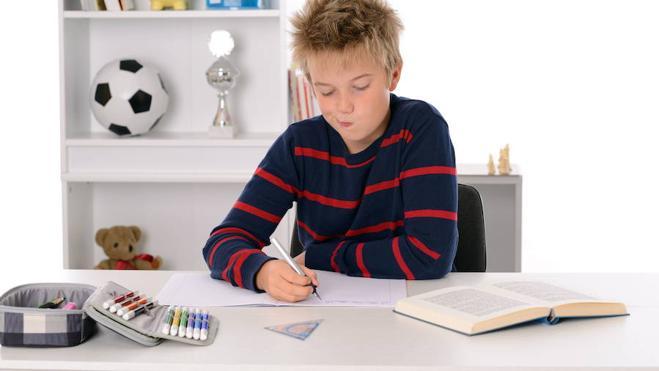 Afrontar el último trimestre del curso escolar de los hijos, un reto para los padres