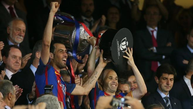 Messi da luz al adiós de Luis Enrique
