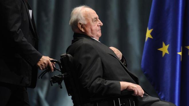 Kohl, un coloso identificado con la unidad de Alemania y de Europa