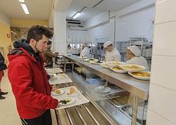 Los comedores de la UGR sirven 110.445 almuerzos menos en dos años ...