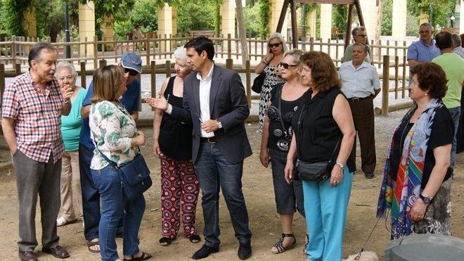 El PSOE exige al Ayuntamiento que garantice a los vecinos que no se construirá un parking en la plaza de la Concordia