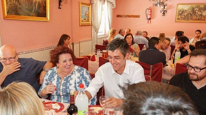 Eduardo Madina visita Granada para agradecer el apoyo
