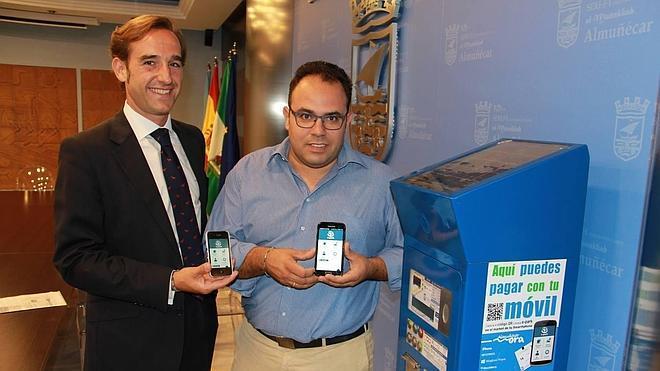 El Ayuntamiento pone en servicio una aplicación para el pago de la ORA desde el móvil
