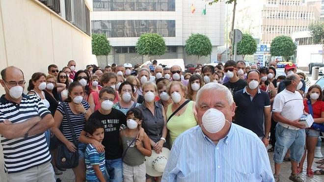 Vecinos de El Viso se 'plantan' ante los malos olores