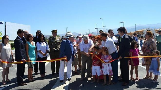 Churriana inaugura su circunvalación, que aliviará el paso de tráfico