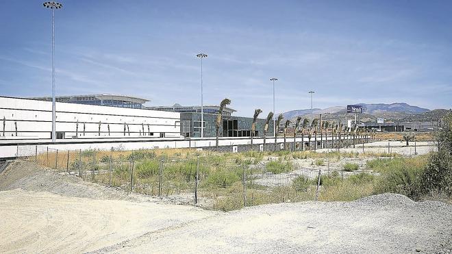 Un juez investiga si el Nevada de Armilla ha invadido terrenos ajenos