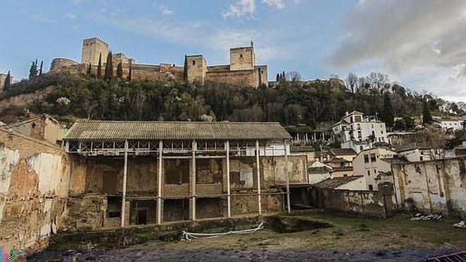 Junta y Consejo Social invitan al Ayuntamiento de Granada a retomar el Plan Albaicín