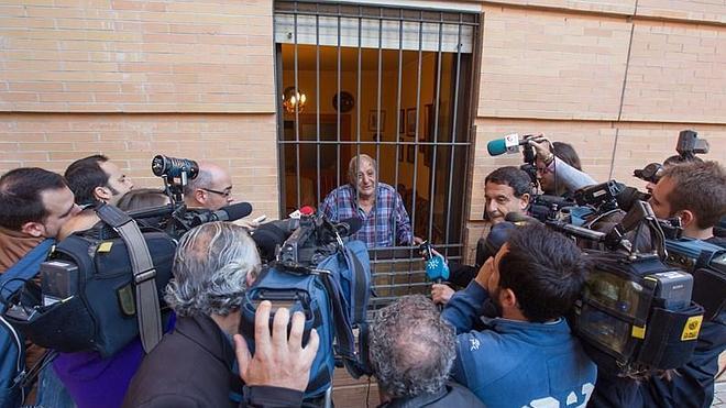 La Junta insta al Ayuntamiento a ofrecer una vivienda pública a Francisco