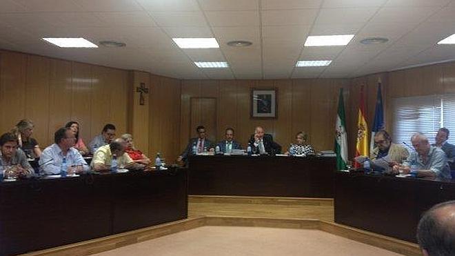La oposición denuncia que sus mociones llevan meses bloqueadas, sin ir a pleno