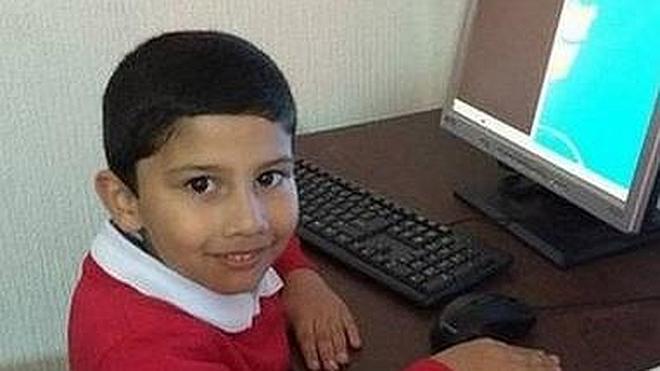 Un niño de 5 años, contratado por Microsoft como instalador oficial de Windows