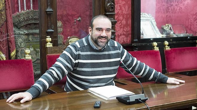 """IU exige al alcalde que """"acabe con la bronca entre Alhambra y el Ayuntamiento"""""""