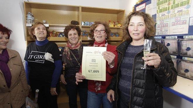 Sorteo Lotería de Navidad 2014: La venta por máquina reparte el cuarto en Granada, Motril, Salobreña, Almuñécar y Huétor Tájar