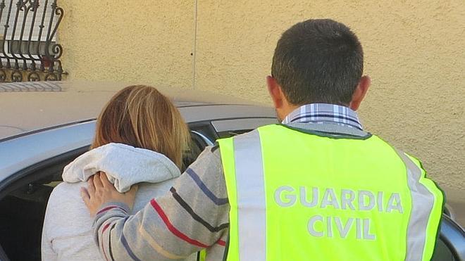 Detenidas dos mujeres por nueve robos a ancianos tras persuadirlos para acceder a su casa