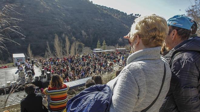 Granada celebrará el día de su patrón con 4.500 salaíllas y 180 kilos de bacalao